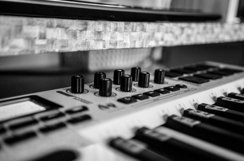 music-collaboration-website