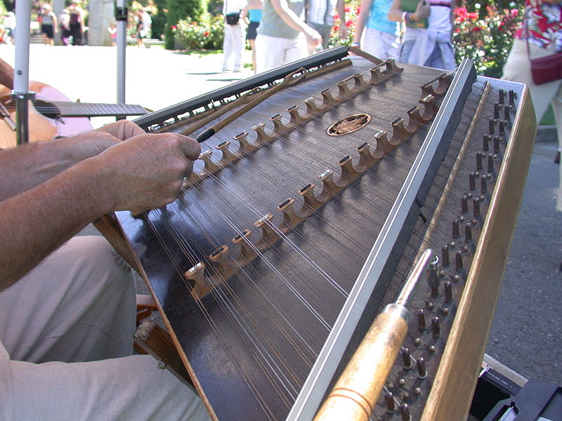 The Best 5 Hammered Dulcimers – Our Pick