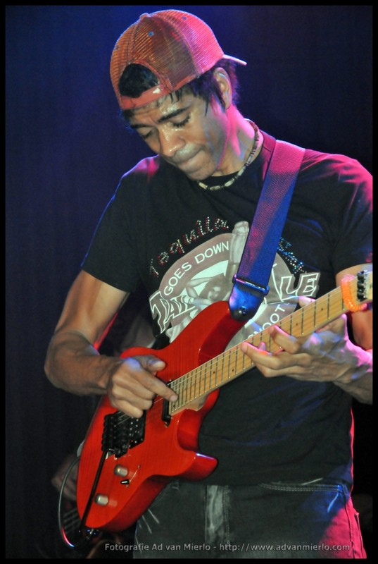 Greg Howe – The Quintessential Fusion Guitarist