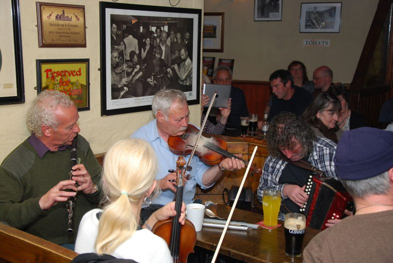 irish-trad-music-pub