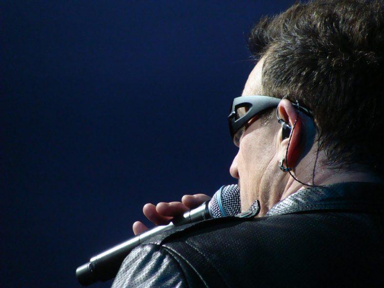 ear-piece-musician