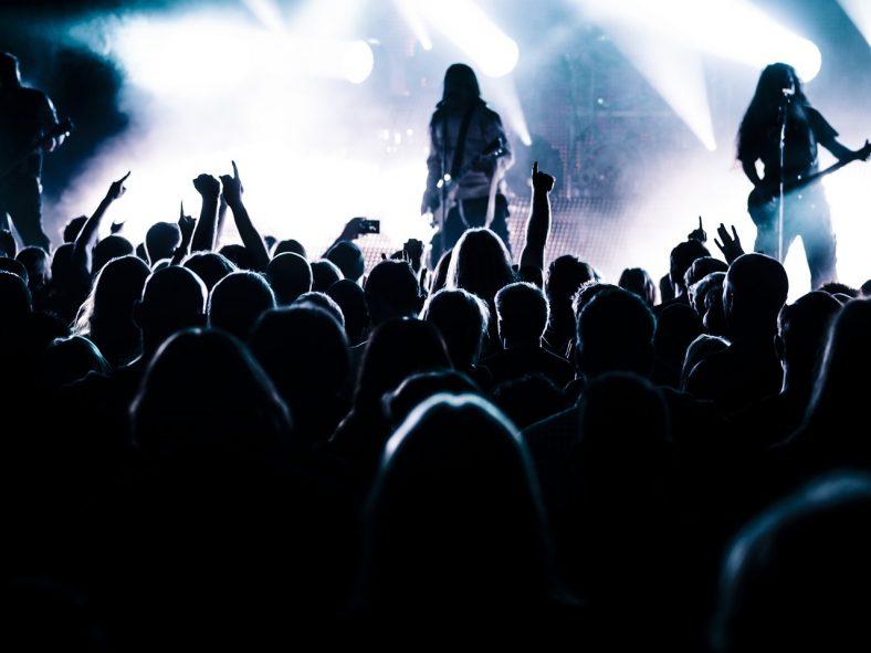 metal-music-growling