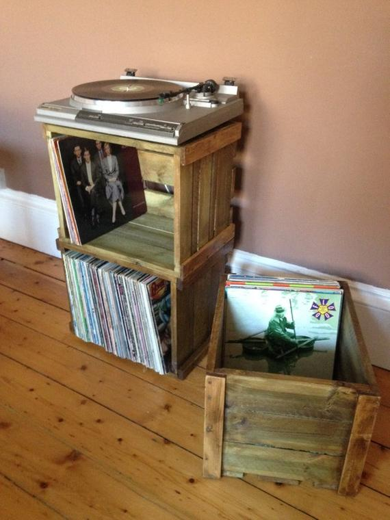 2. SawToothTimber Vinyl record/LP stackable wooden crate