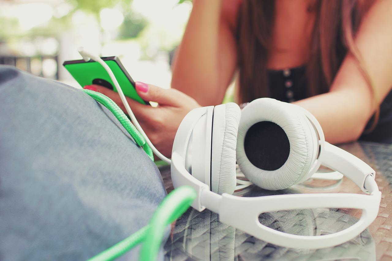 phone-music