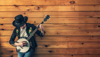 The 5 Best Banjos for Beginners (2021)