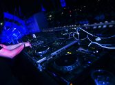 How To Become A DJ – The Beginner Guide on Equipment and Gigging