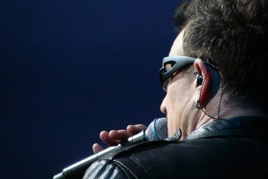 Why Do Musicians Wear and Take Out Their Earpieces?