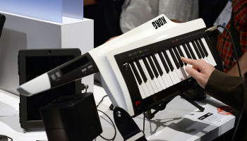 The 4 Best Keytars (2021) – Synths and MIDI Controllers