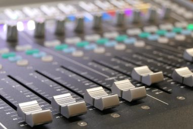 The 7 Best Control Surfaces for Logic Pro X