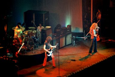 The FORBIDDEN RIFF – Is Stairway to Heaven Banned in Guitar Stores?